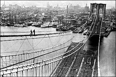 Workers on Brooklyn Bridge brkbrdg1.jpg (30193 bytes)